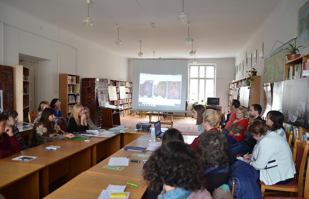 Науково-практичний семінар «Актуальні проблеми збереження документів»