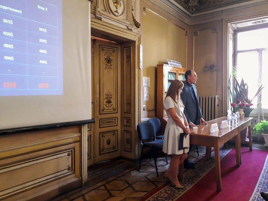 Віктор Георгієв та Юлія Лозович розповідають про USMLE та IFOM